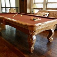 Hardwood Connelly 8Ft Pool Table